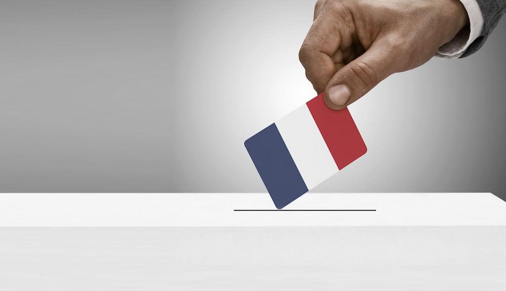 Comment fonctionne le système politique français?